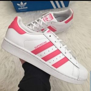 Shoes - Adidas Superstar women's size 9